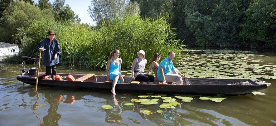 Balades en barque à fond plat sur la Sarre